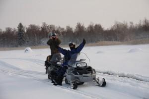 Ik en Johannes bij de sneeuwscooter